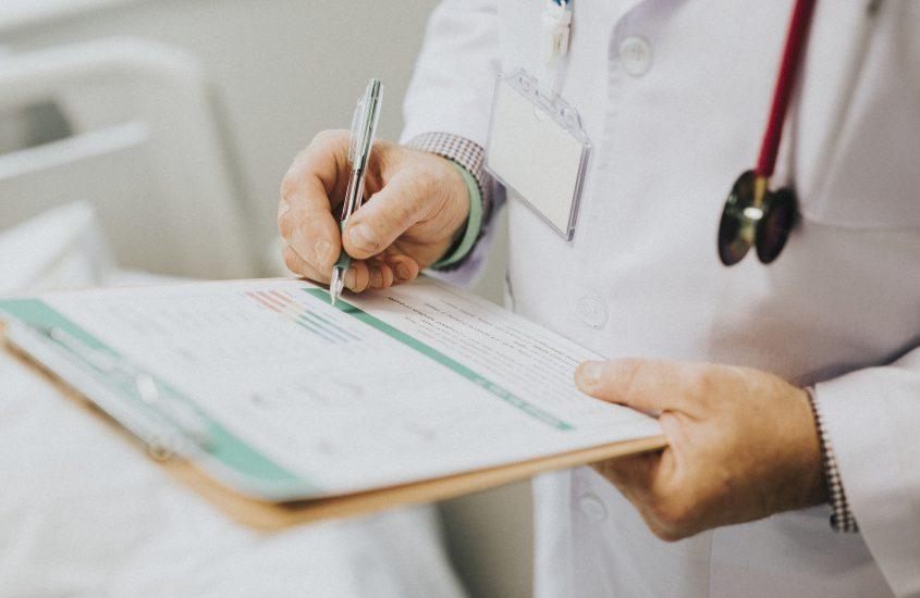 Seguro viagem x plano de saúde: listamos as diferenças
